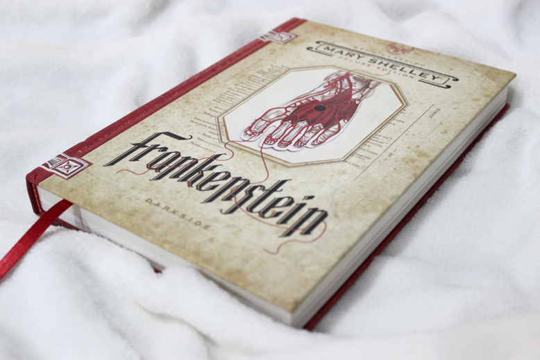 Frankenstein Mary Shelley Darkside Books - Juliana Fiorese